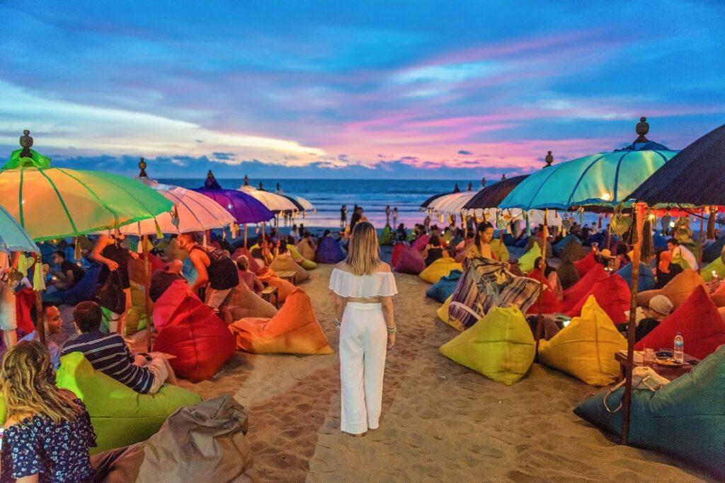Pantai Double Six Seminyak Bali