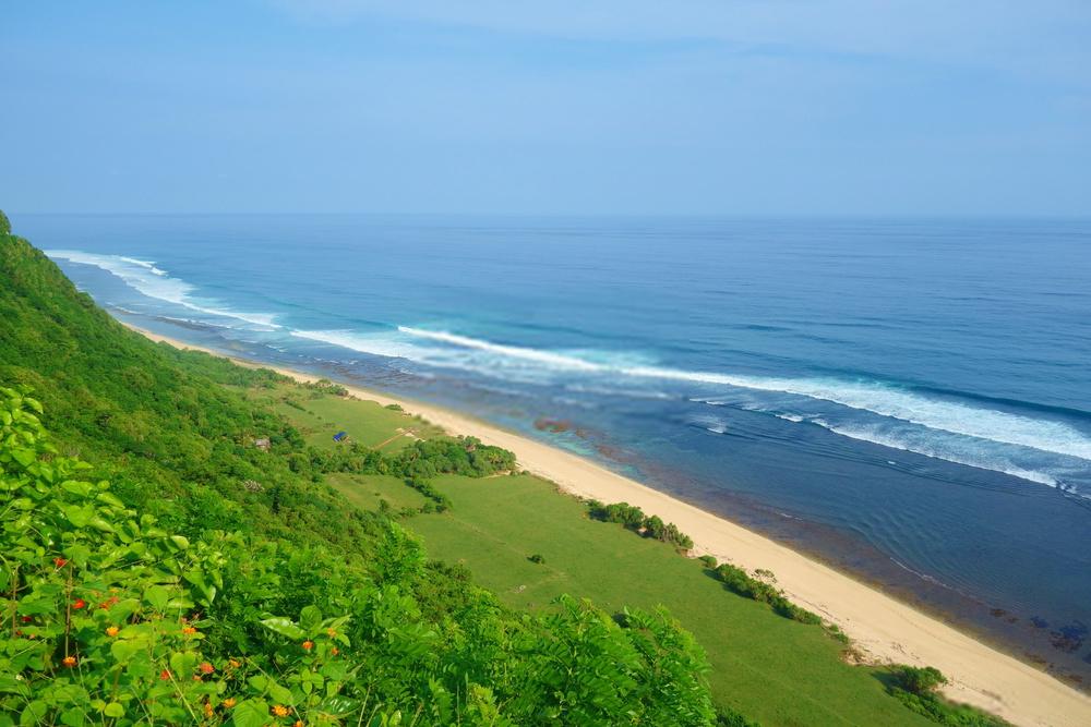 Suasana Pantai Nyang Nyang Bali