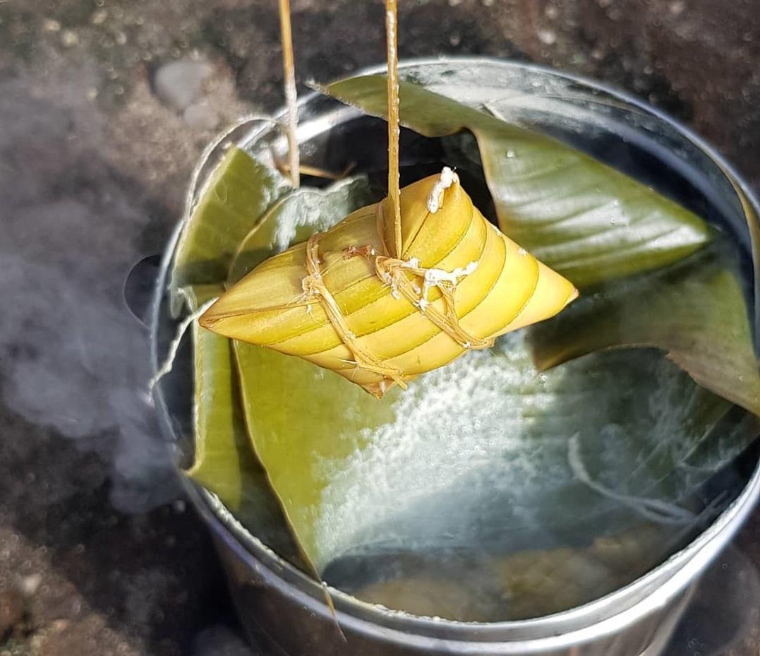 Jajanan Khas Bali: Jaje Bantal
