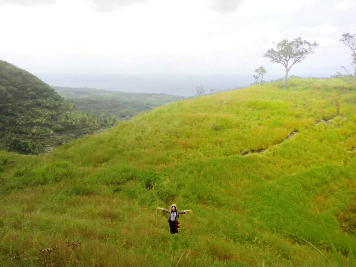 Objek Wisata di Nusa Penida: Abangan Hills