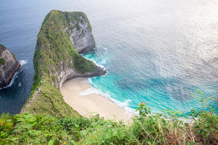 Objek Wisata Nusa Penida Pantai Kelingking Bali